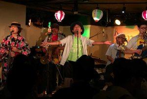 ジャグ・バンドの激団モンゴイカのライブ写真